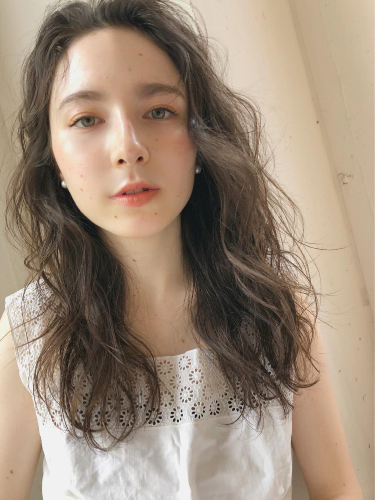 ガーリー デート セミロング 大人かわいい ヘアスタイルや髪型の写真・画像 | 中島 潮里 / whyte / whyte
