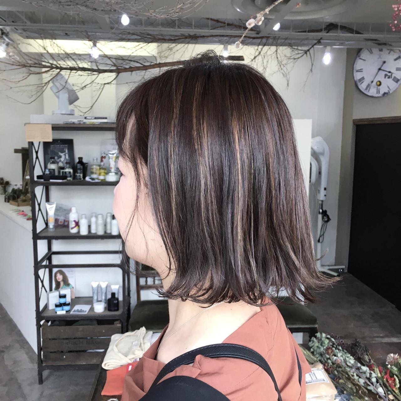 ガーリー ハイライト ボブ ヘアスタイルや髪型の写真・画像
