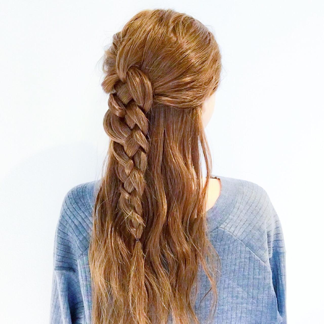 エレガント 簡単ヘアアレンジ 上品 アウトドア ヘアスタイルや髪型の写真・画像