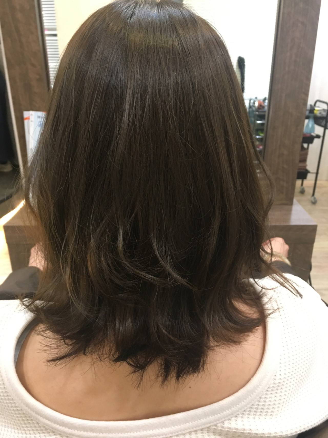 ミディアム レイヤーカット ボブ ヘアアレンジ ヘアスタイルや髪型の写真・画像 | 髪質改善、モテ髪カットのプロ!Zina出口耕太郎 / Zina CENTRAL