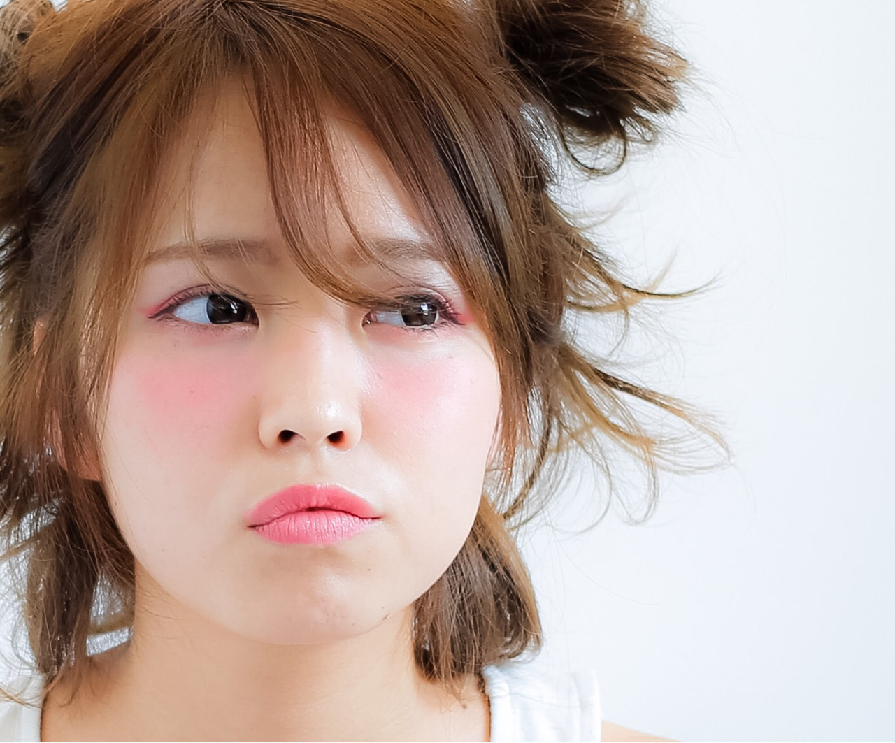 フェミニン ヘアアレンジ ハーフアップ ミディアム ヘアスタイルや髪型の写真・画像 | 小笠原 淳 / hair make No.8(ヘアメイクエイト)