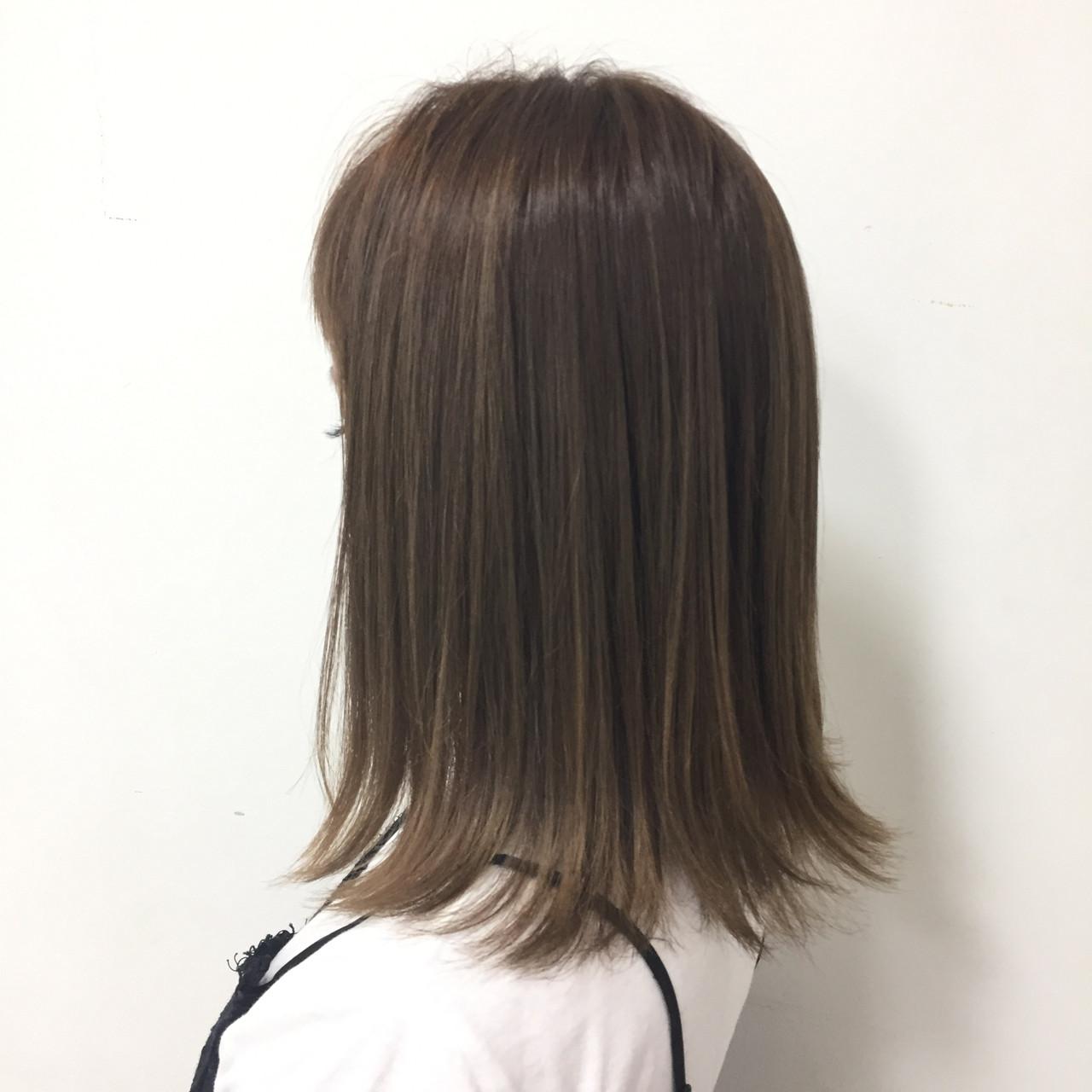 フェミニン 外ハネ ボブ ヘアスタイルや髪型の写真・画像
