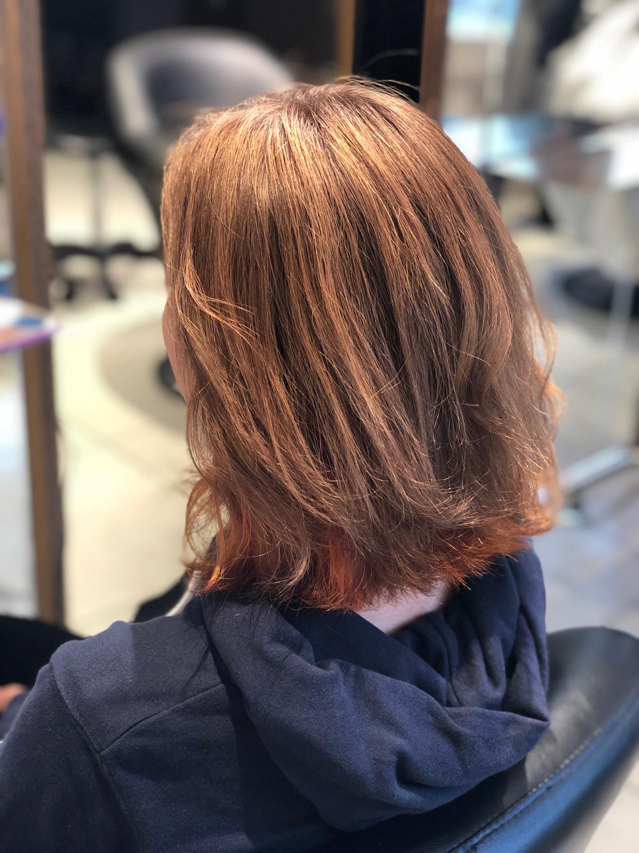 ベージュ ボブ ダブルカラー ブリーチカラー ヘアスタイルや髪型の写真・画像