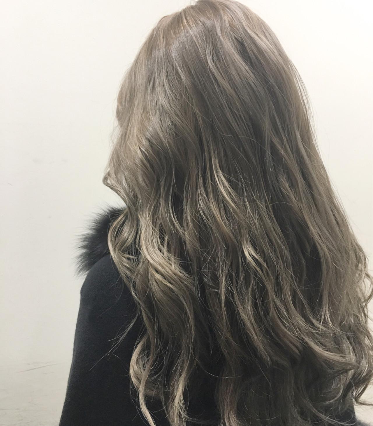 ストリート ハイライト アッシュ ブラウン ヘアスタイルや髪型の写真・画像 | 斧江 和也 / ROOTS IRIE