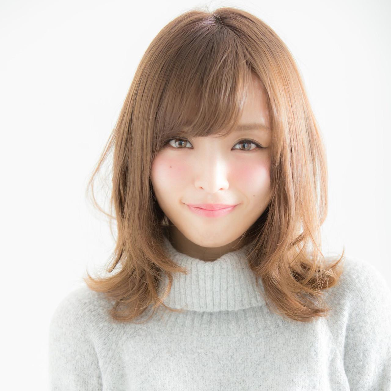 女子力 フェミニン 大人かわいい 外ハネ ヘアスタイルや髪型の写真・画像