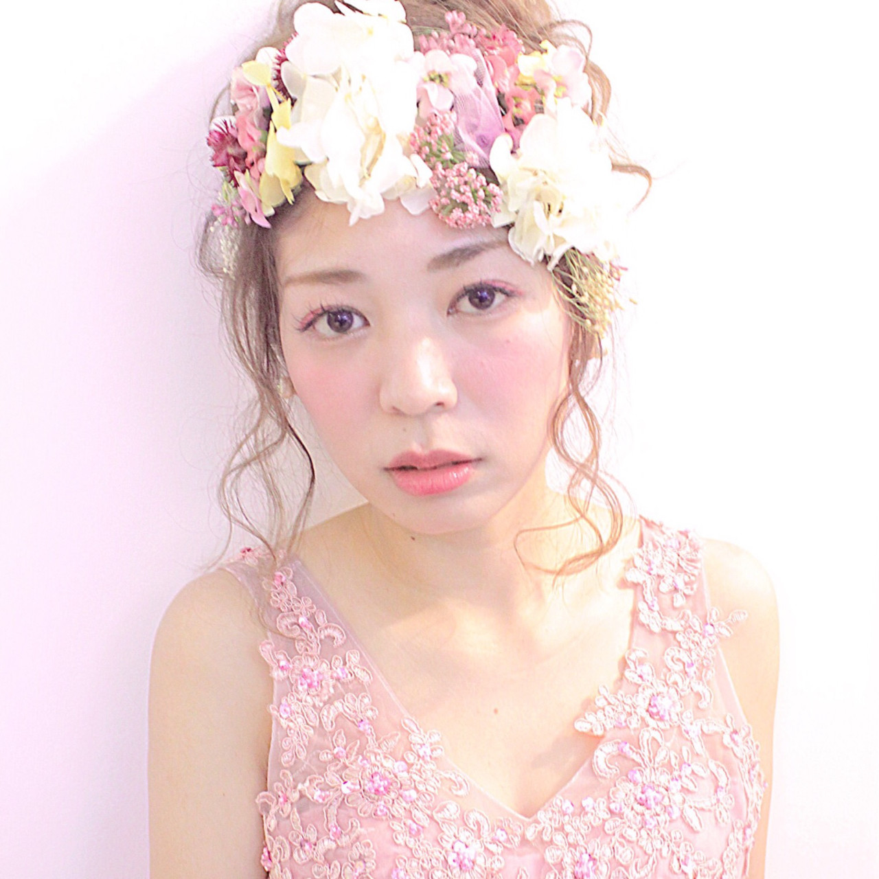 花 ヘアアレンジ 花嫁 大人かわいい ヘアスタイルや髪型の写真・画像