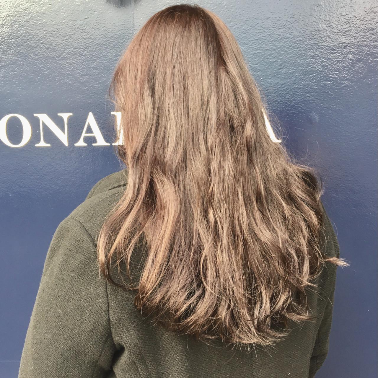 イルミナカラー アッシュ 透明感 ロング ヘアスタイルや髪型の写真・画像