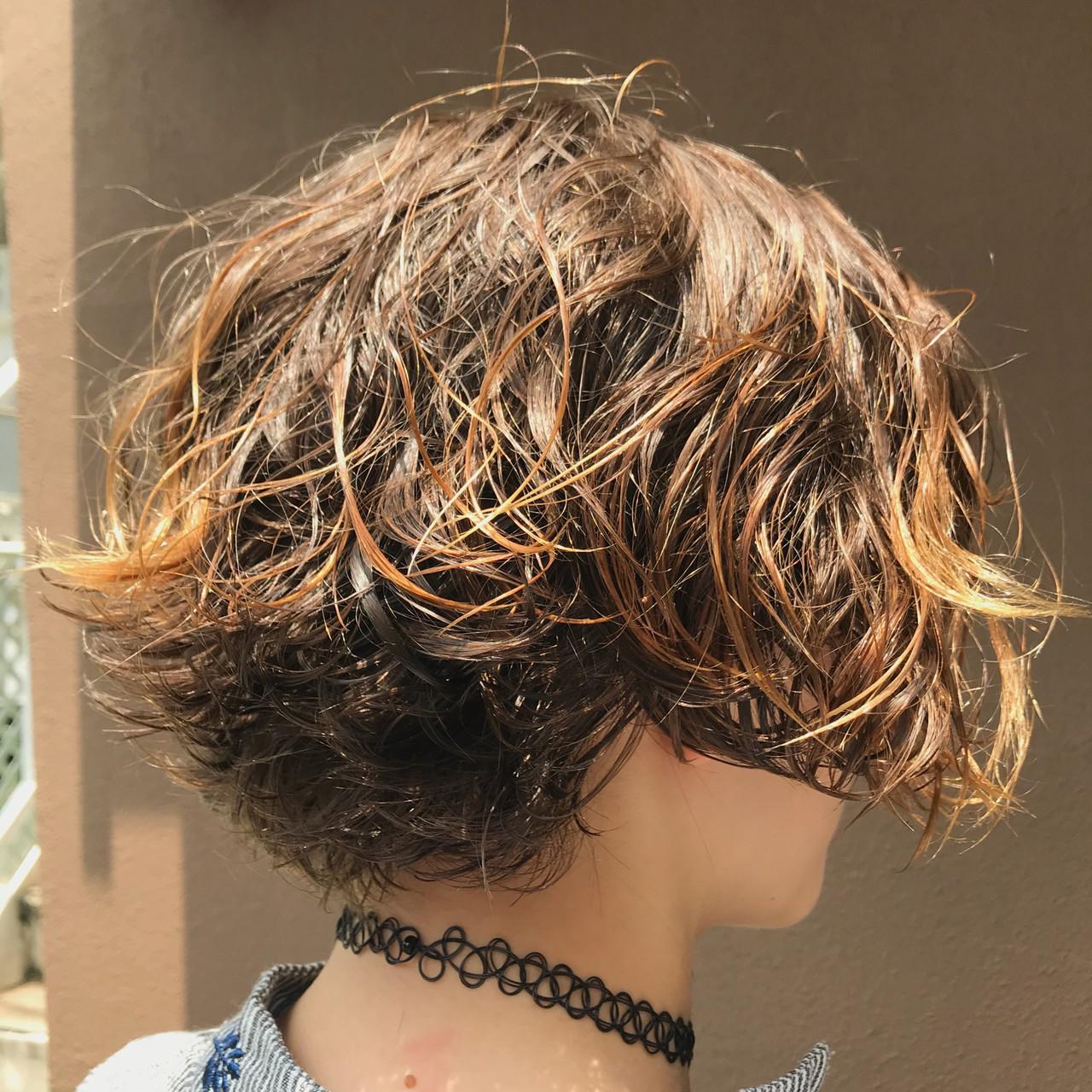 抜け感 ウェットヘア ハンサムショート モード ヘアスタイルや髪型の写真・画像