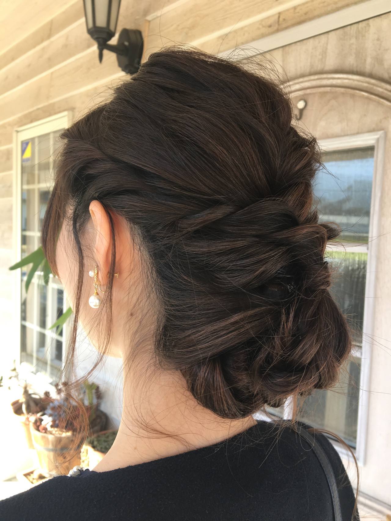 結婚式 フェミニン シニヨン ロングヘア ヘアスタイルや髪型の写真・画像 | MOMOKO / HairworksZEAL