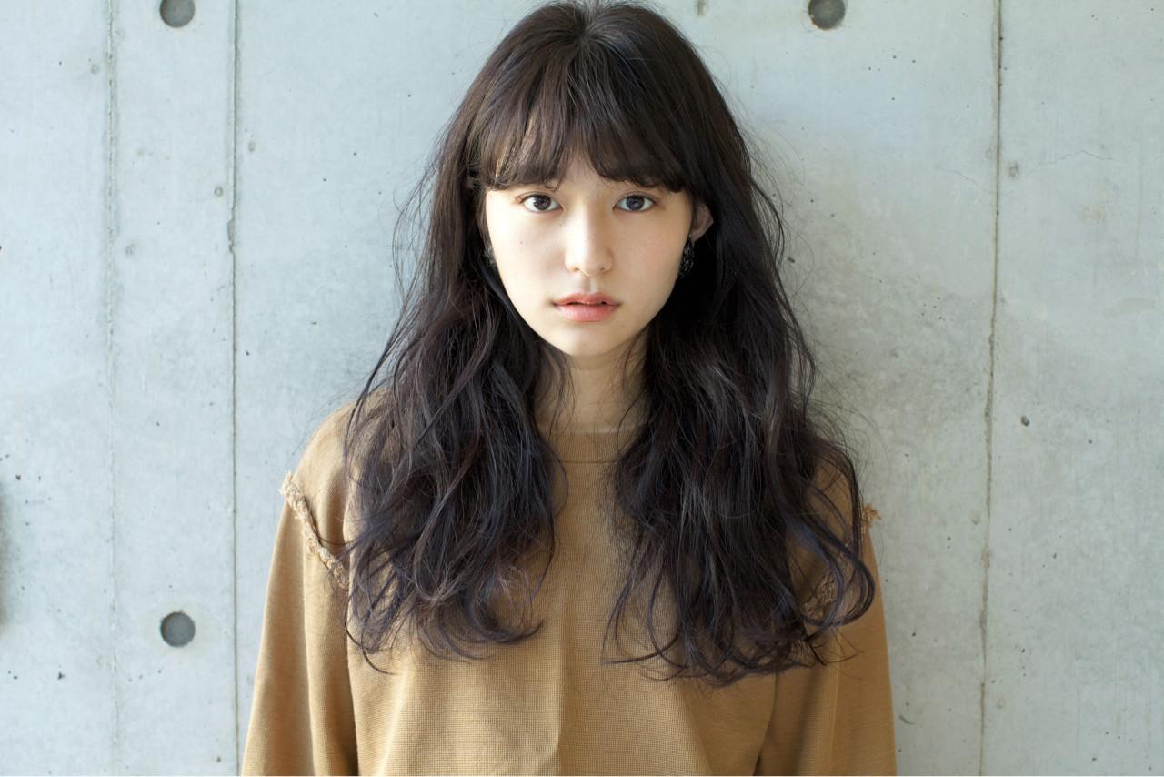 グレージュ 秋 ゆるふわ 外国人風カラー ヘアスタイルや髪型の写真・画像