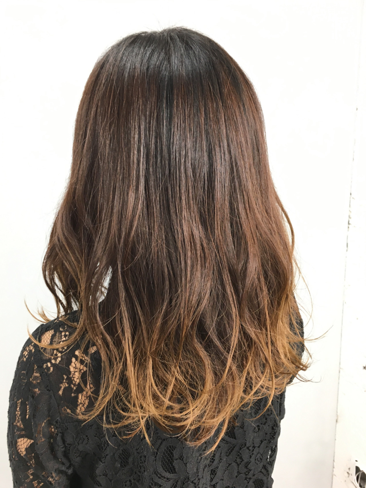 ナチュラル ブラウン グラデーションカラー ゆるふわ ヘアスタイルや髪型の写真・画像 | 吉田 漢二 / ALBUM新宿