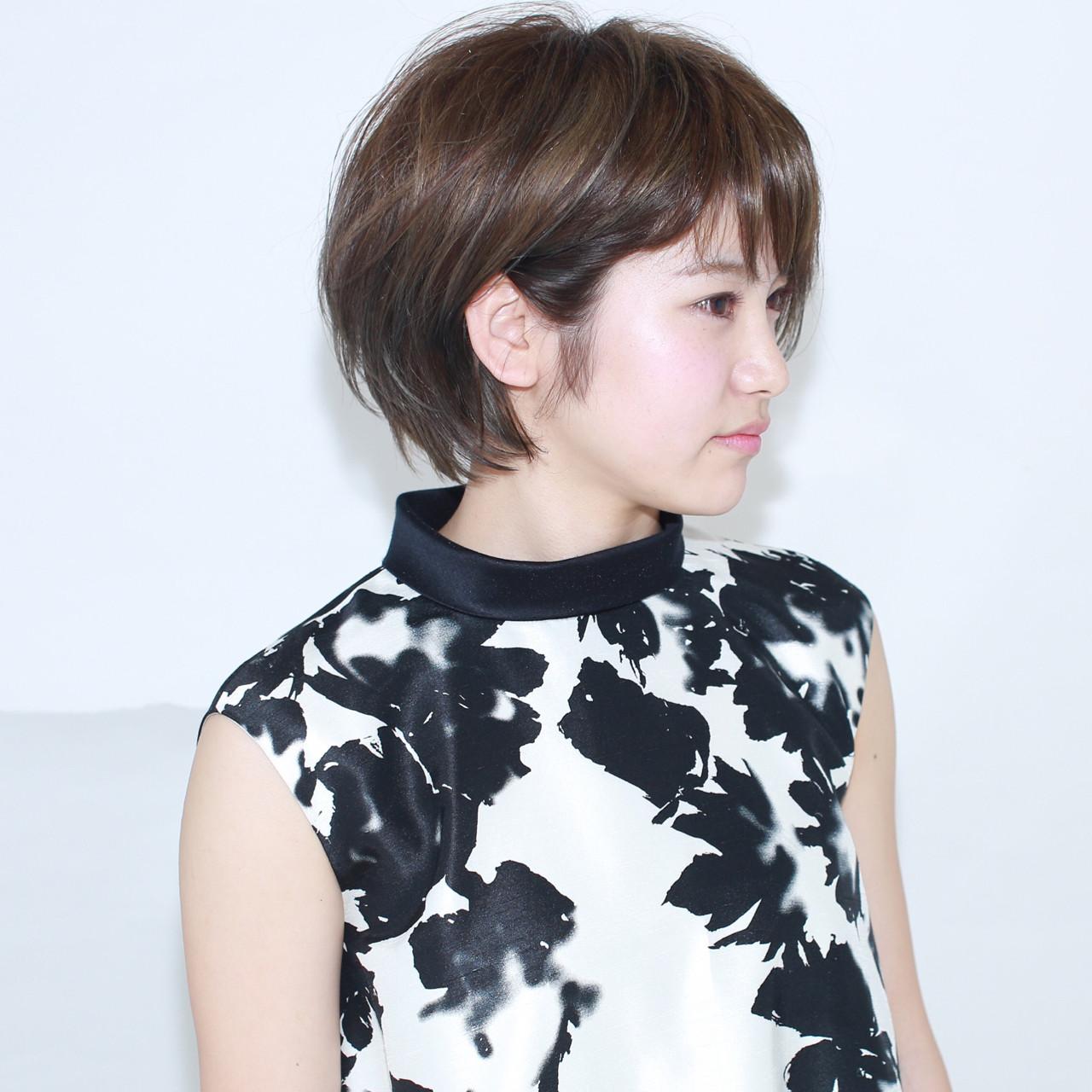 イルミナカラー グレージュ ショート 外国人風 ヘアスタイルや髪型の写真・画像   イマムラ スナオ / LUKE