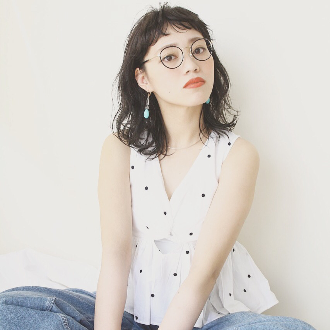 パーマ ミディアム 女子会 ナチュラル ヘアスタイルや髪型の写真・画像 | 川島 ゆり / ROGUE