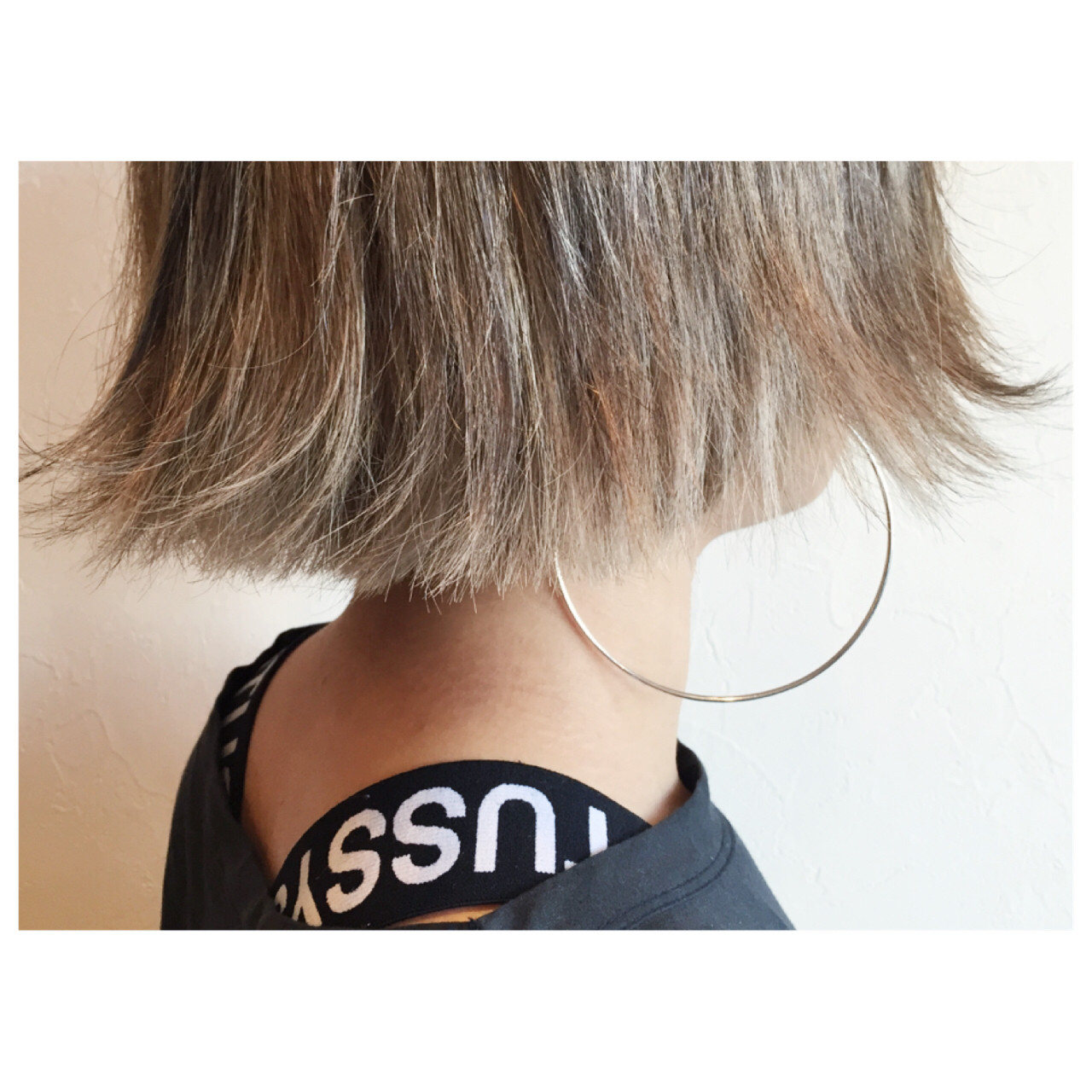 アッシュ グラデーションカラー ハイライト 外ハネ ヘアスタイルや髪型の写真・画像