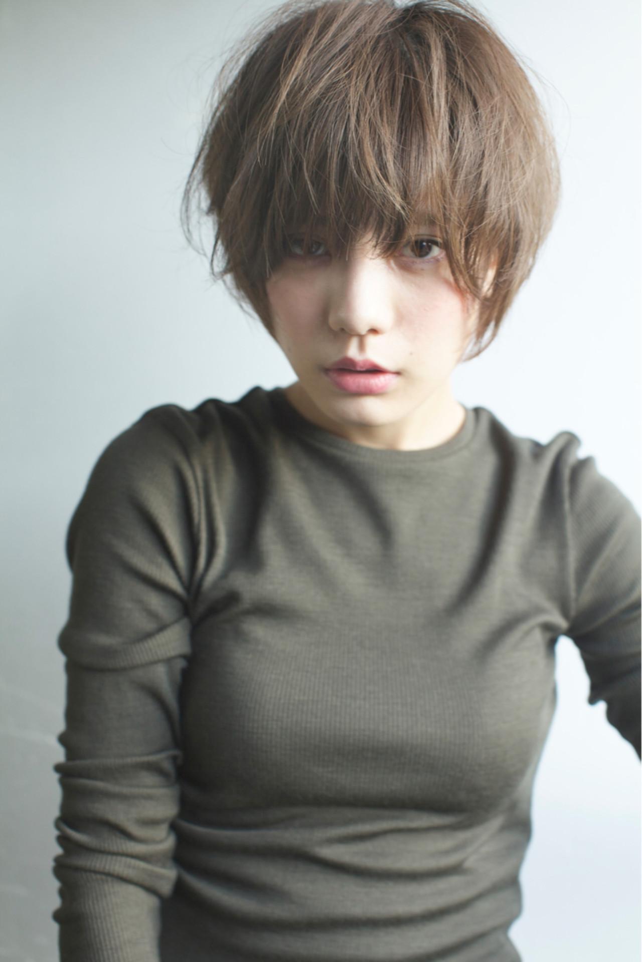 大人女子に人気の髪型とは?力の抜けたナチュラルさが魅力のヘアスタイル10選  佐脇 正徳