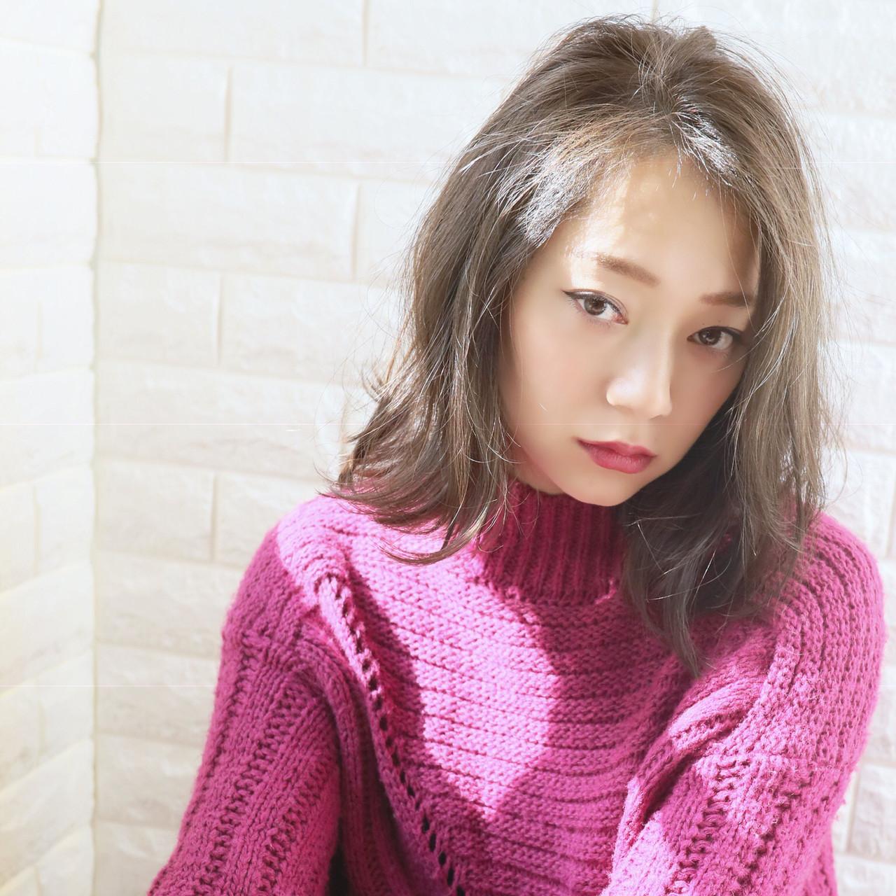 耳かけ 透明感カラー ストリート 大人女子 ヘアスタイルや髪型の写真・画像 | 田中 秀樹 / gallaria elegante 名駅