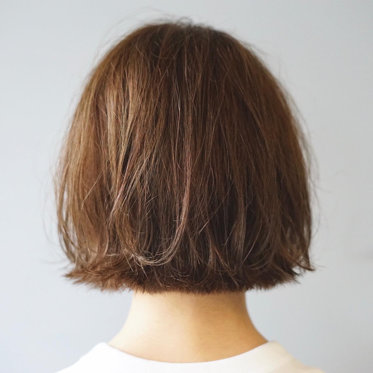 モテボブ 前下がりボブ ナチュラル 切りっぱなし ヘアスタイルや髪型の写真・画像