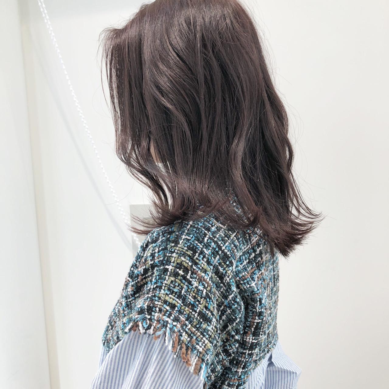 透明感 切りっぱなし ロブ グレージュ ヘアスタイルや髪型の写真・画像 | 市岡 久 / BLANCOtres
