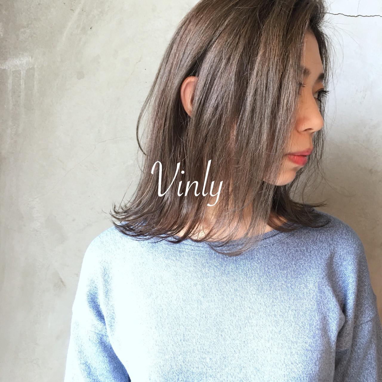 オフィス ゆるふわ デート ウェーブ ヘアスタイルや髪型の写真・画像 | norihiko yoshimoto / Vinly hair salon