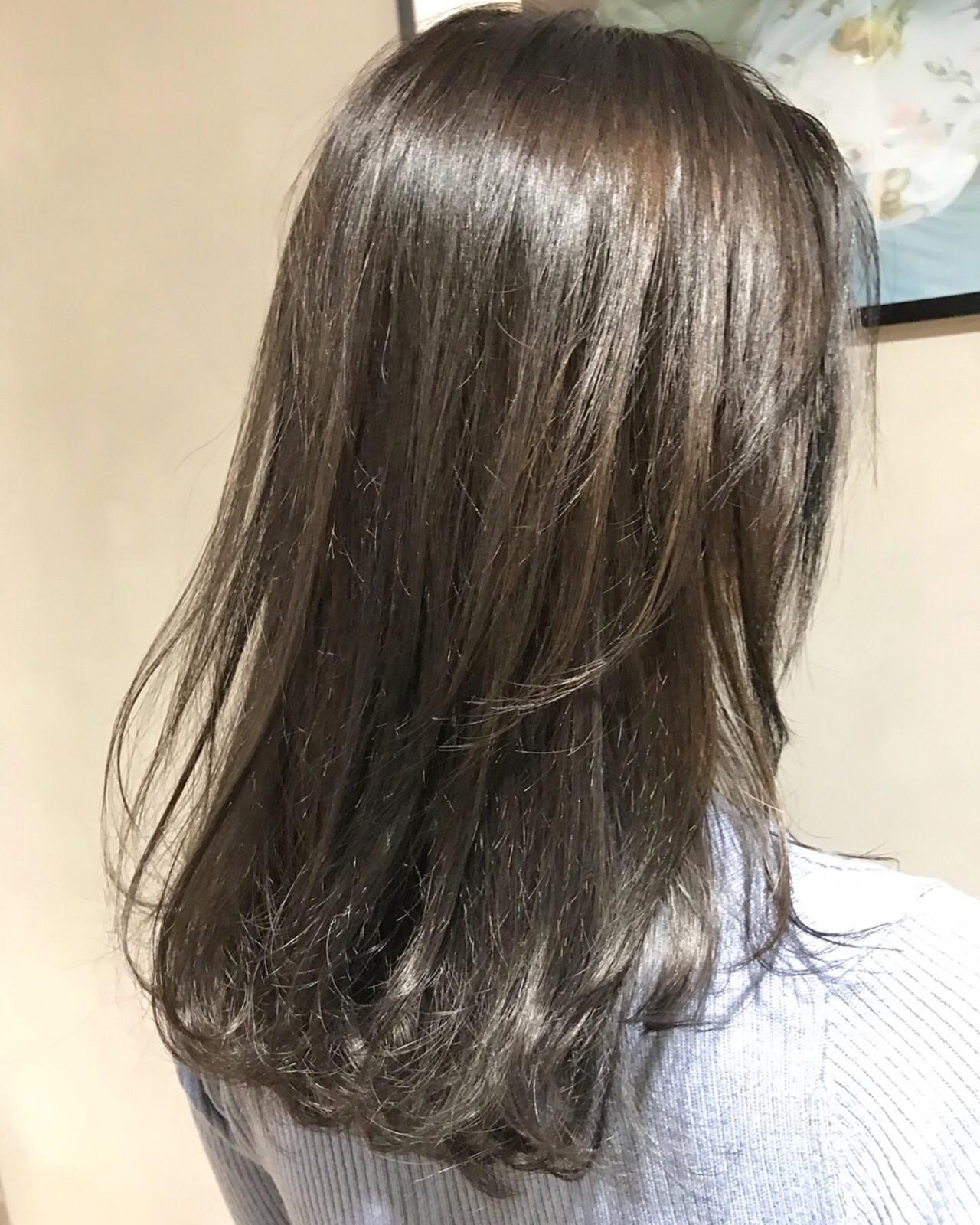 レイヤーカット 暗髪 透明感 ナチュラル ヘアスタイルや髪型の写真・画像   miya/@1031miya / フリーランス(XENA)