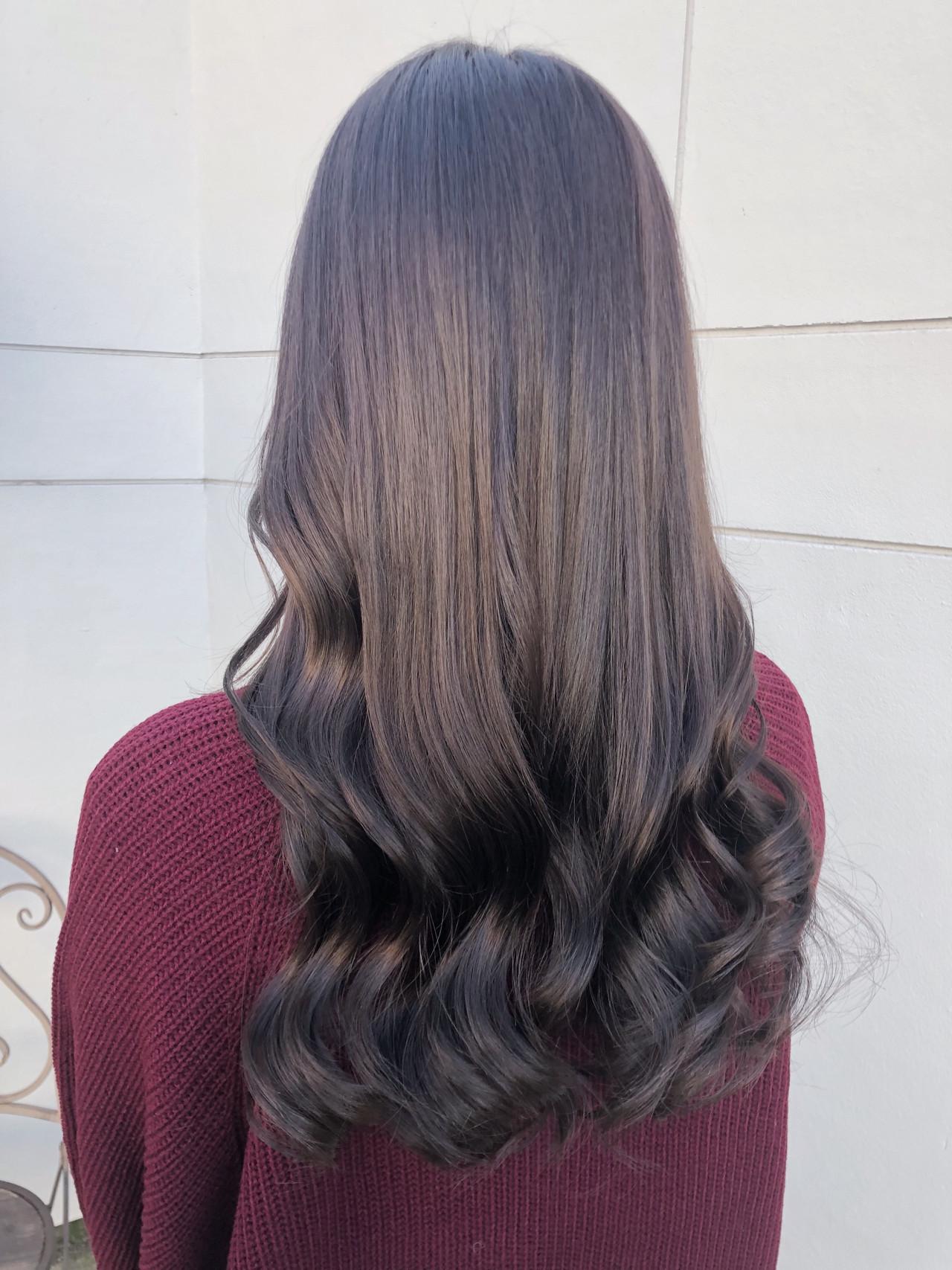 グレージュ ナチュラル 暗髪 アッシュグレージュ ヘアスタイルや髪型の写真・画像
