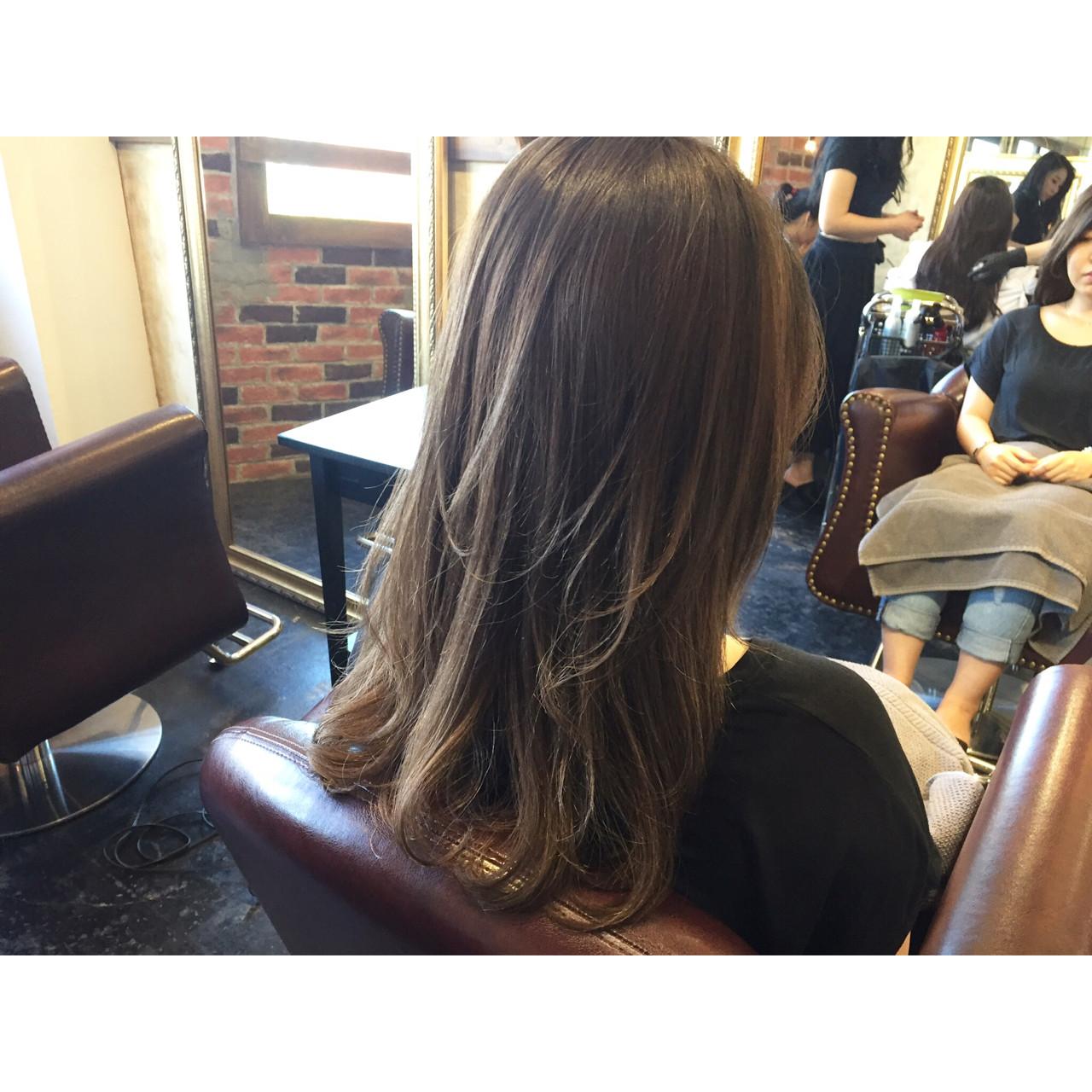 透明感 ブルージュ ラベンダーアッシュ ブラウン ヘアスタイルや髪型の写真・画像