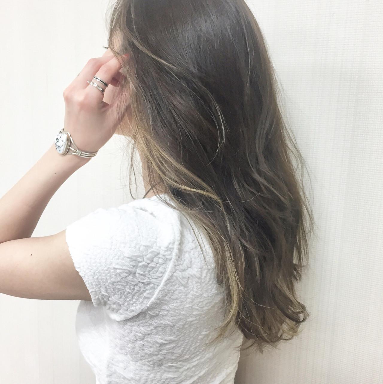 外国人風カラー ヘルシー 地毛ハイライト ヘルシースタイル ヘアスタイルや髪型の写真・画像