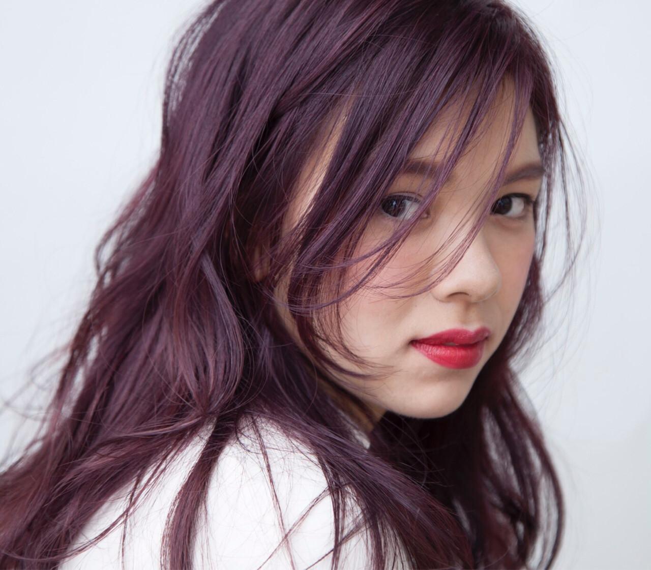 ロング イルミナカラー ナチュラル 透明感 ヘアスタイルや髪型の写真・画像