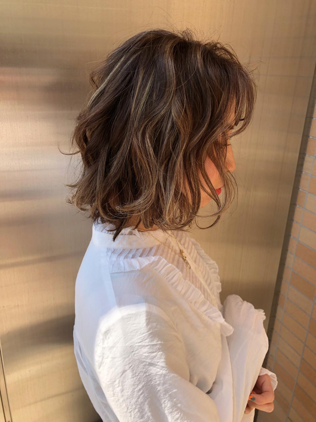 ボブ ハイライト 透明感カラー フェミニン ヘアスタイルや髪型の写真・画像 | 安永怜 / kakimotoarms田園調布