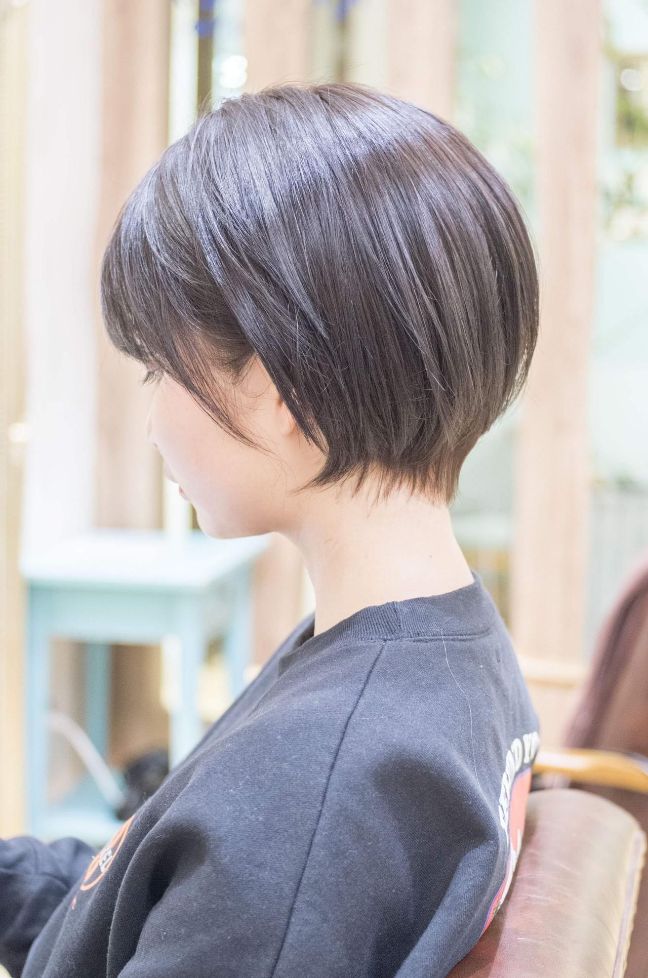 前下がり ショートボブ ショートヘア ミニボブ ヘアスタイルや髪型の写真・画像 | 荒巻 充 / トライベッカ浦和店