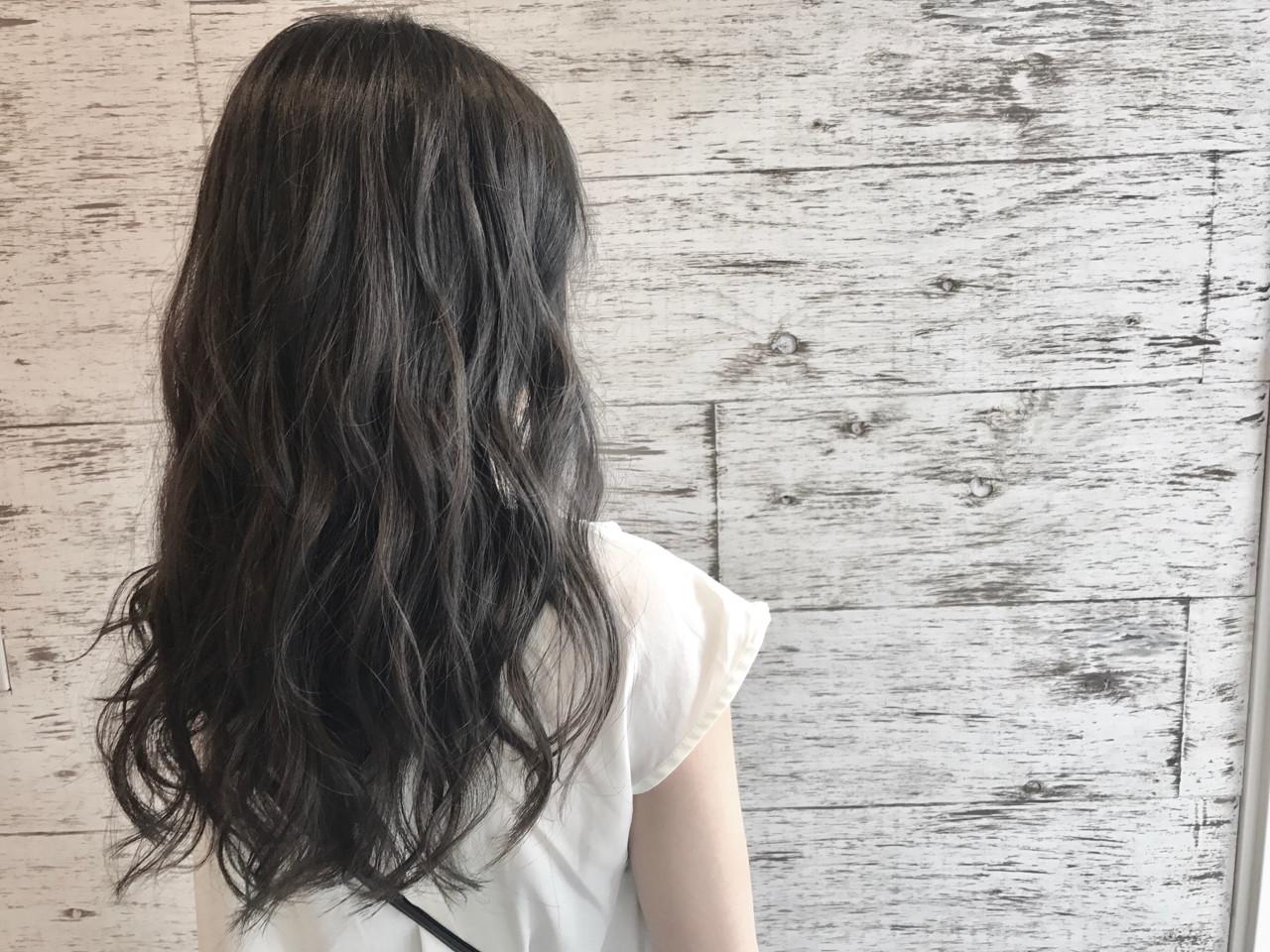 ウェーブ リラックス 女子会 ヘアアレンジ ヘアスタイルや髪型の写真・画像