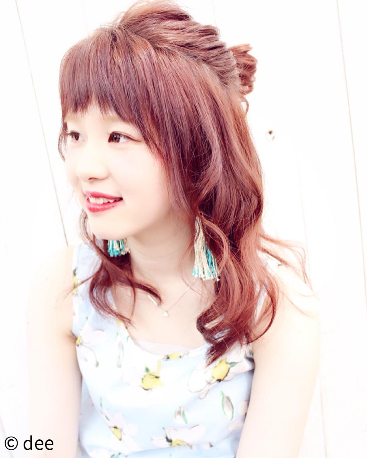 涼しげ 簡単ヘアアレンジ ピンク お団子 ヘアスタイルや髪型の写真・画像