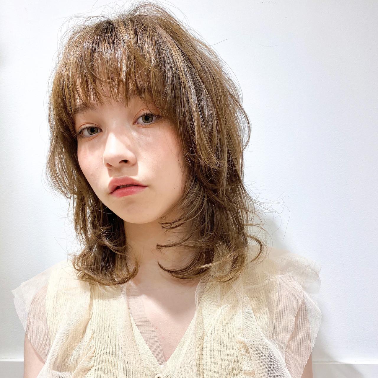 【2020年最新】面長×ミディアムの小顔見せスタイルカタログ7選