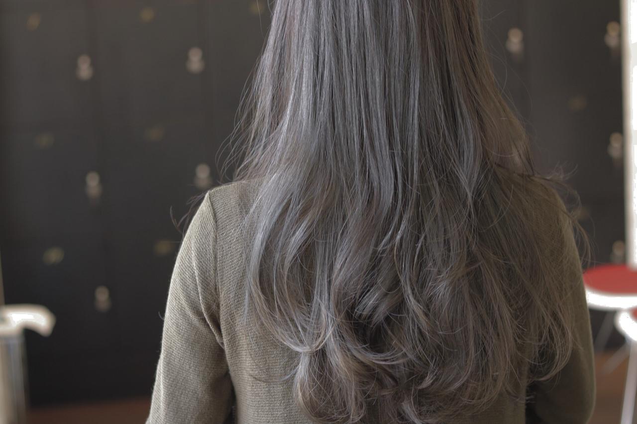 ロング ハイライト エアリー ゆるふわ ヘアスタイルや髪型の写真・画像   Yuuta Asato / Moana by HEADLIGHT 沖縄東崎店