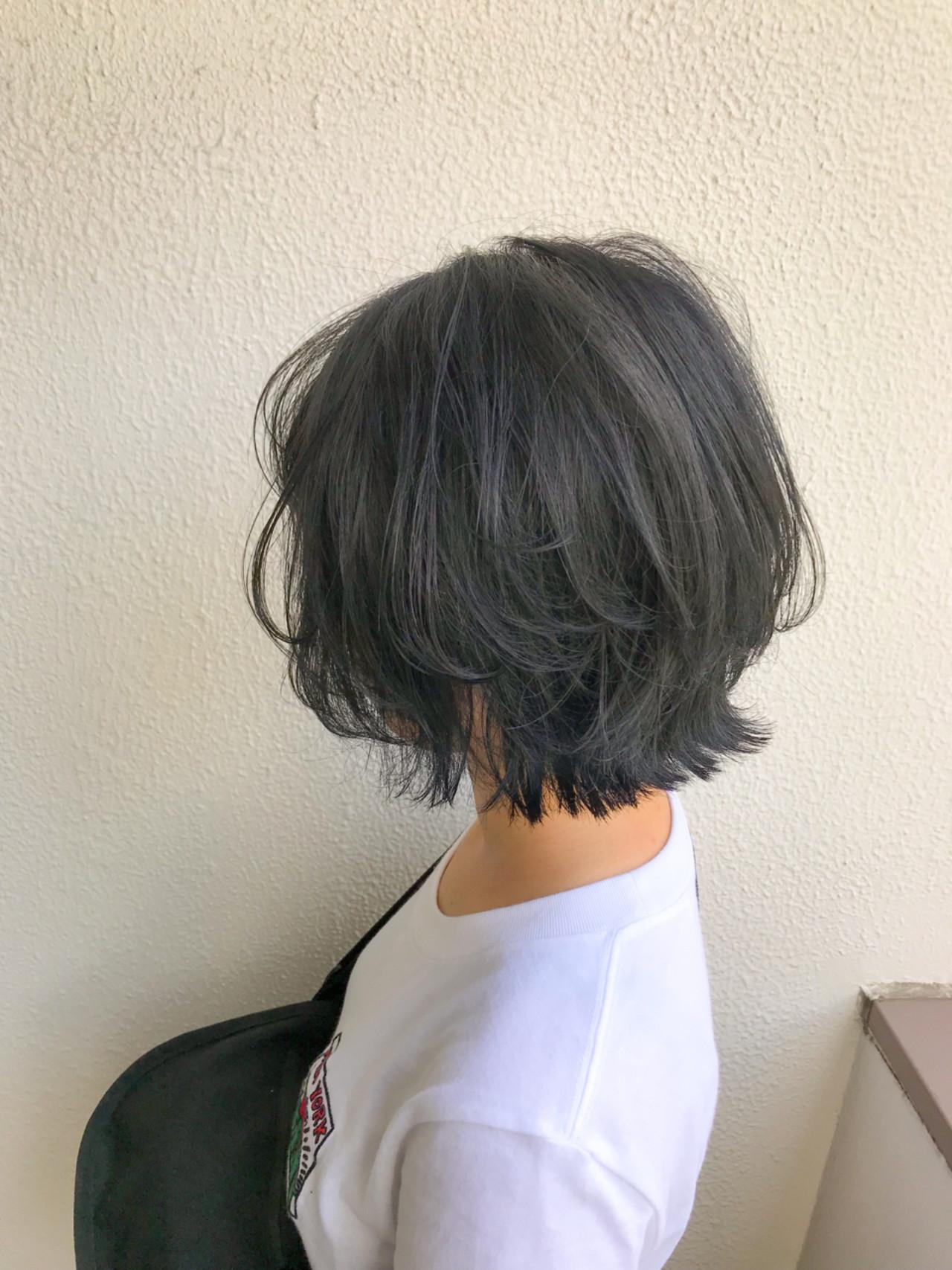 ボブ 切りっぱなし インナーカラー グラデーションカラー ヘアスタイルや髪型の写真・画像 | 奥利 洸元 / UNITED