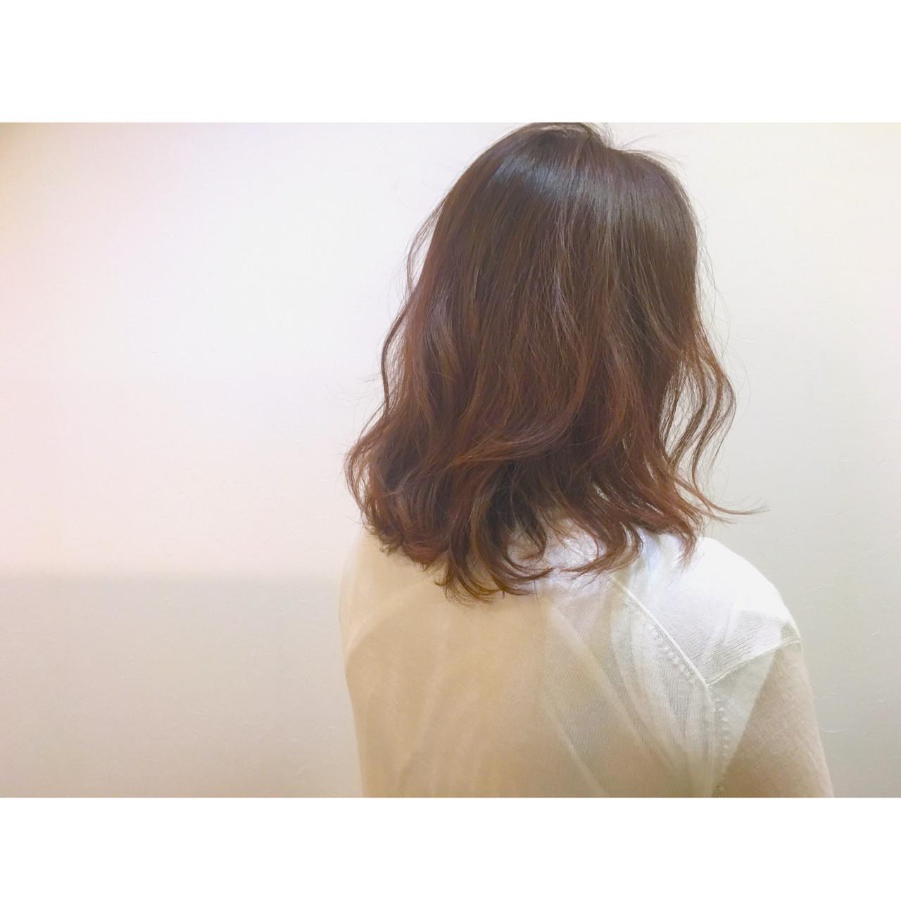 ベージュ ストリート 外国人風 ミディアム ヘアスタイルや髪型の写真・画像