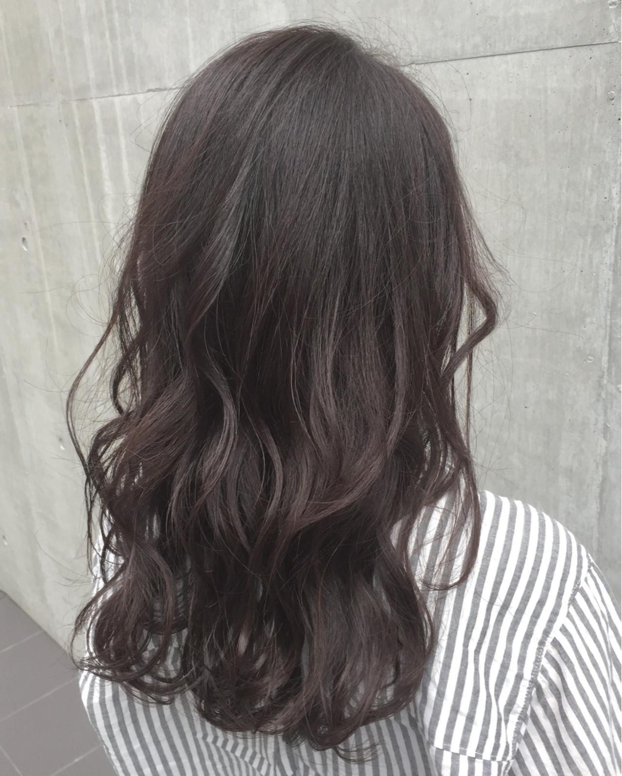 暗髪 パーマ セミロング ミディアム ヘアスタイルや髪型の写真・画像