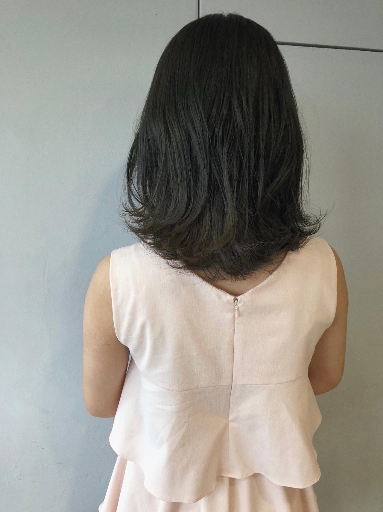 ブルーアッシュ ミディアム デート 暗髪 ヘアスタイルや髪型の写真・画像 | koki / LAND