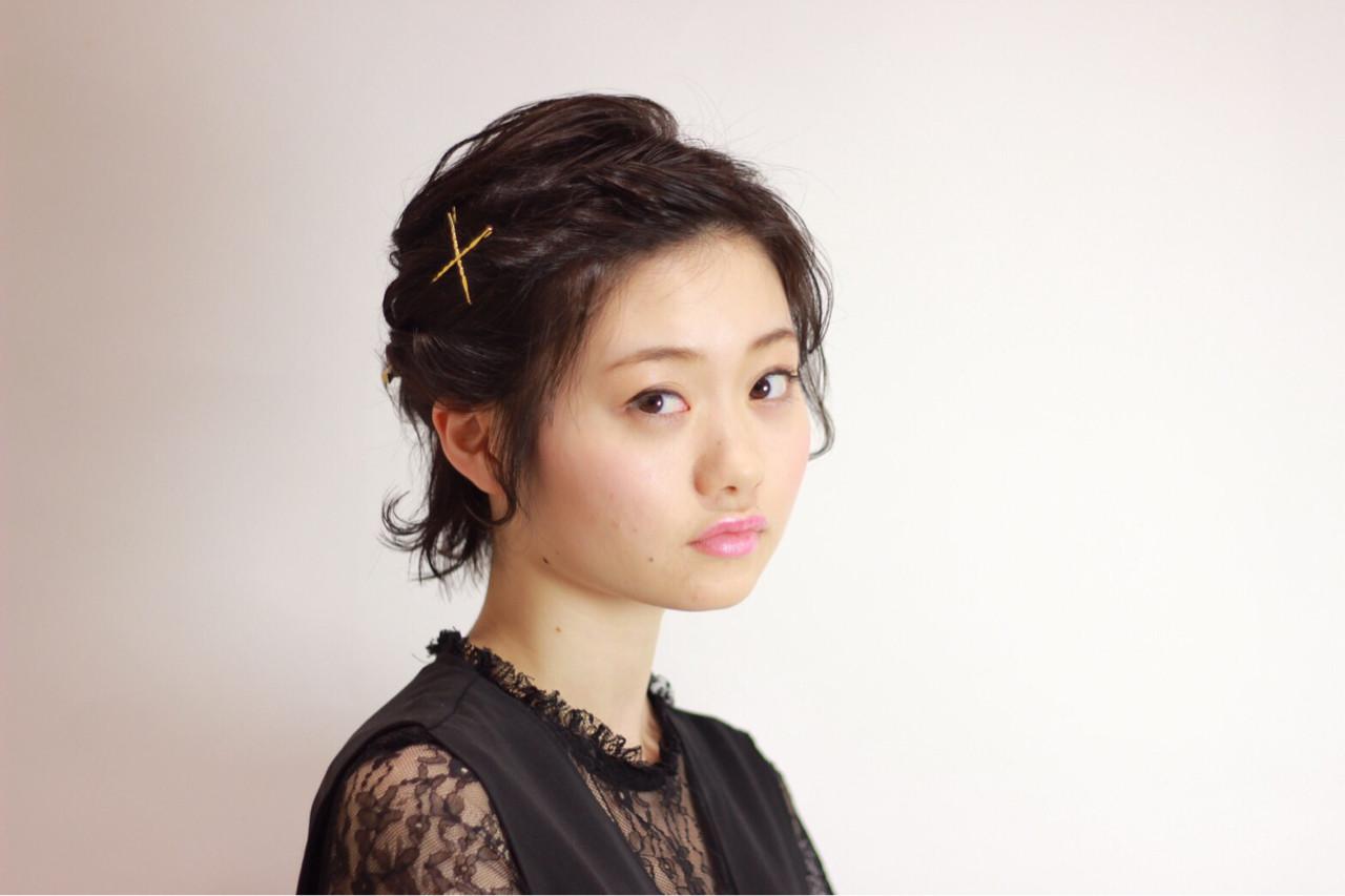 ショート 編み込み エレガント 上品 ヘアスタイルや髪型の写真・画像