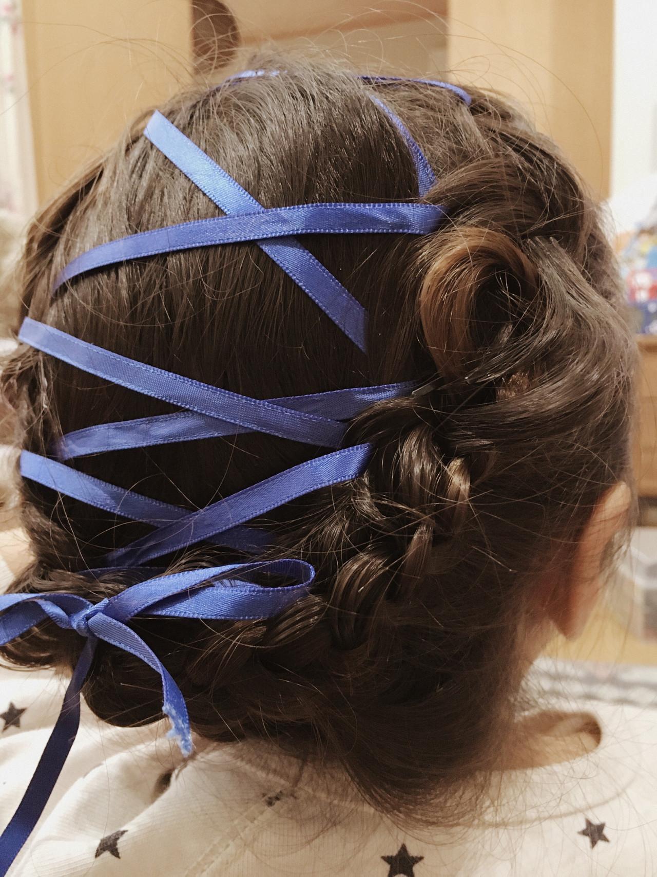 結婚式 リボンアレンジ デート セミロング ヘアスタイルや髪型の写真・画像 | nayuka furugoori / ...
