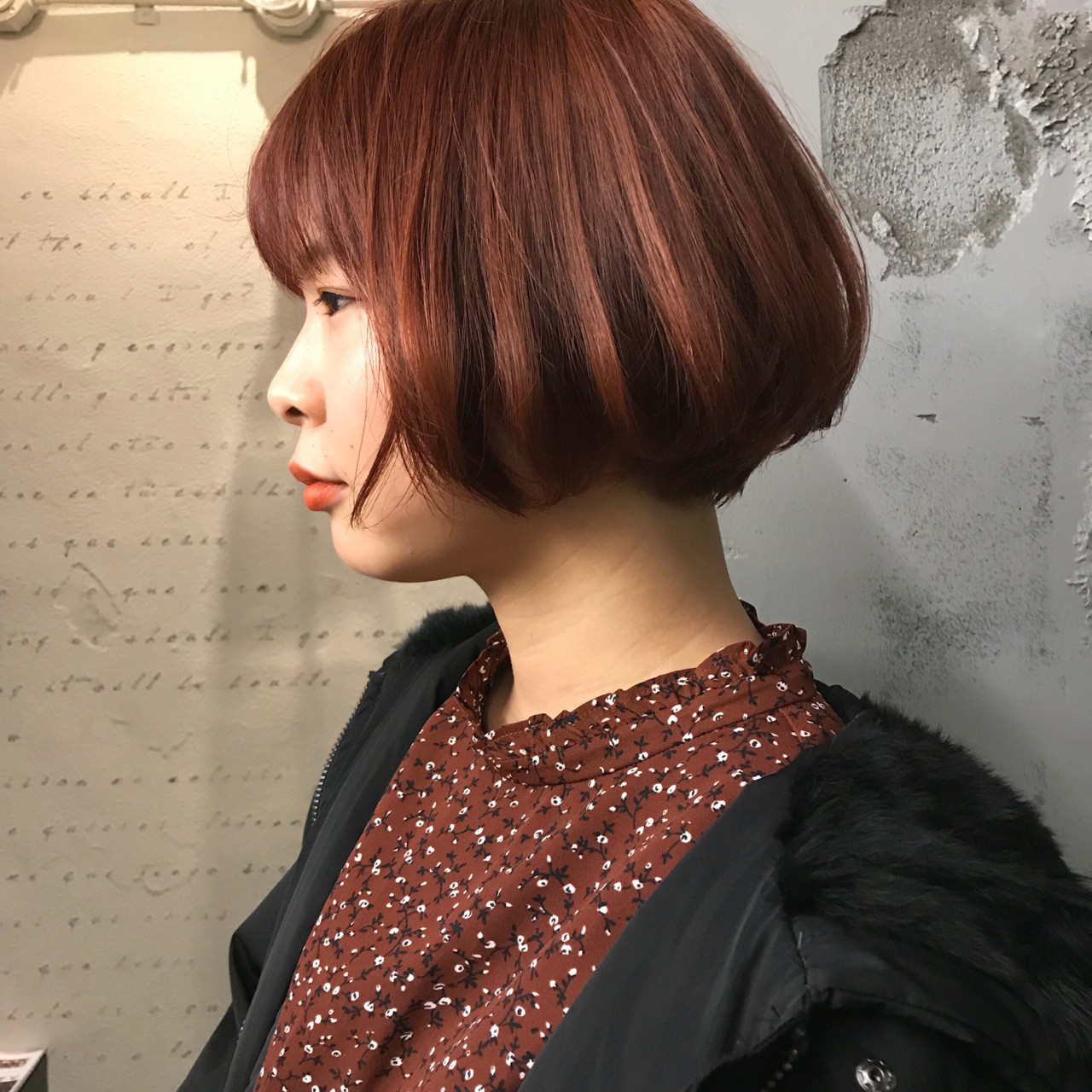 レッド 抜け感 ボブ モード ヘアスタイルや髪型の写真・画像