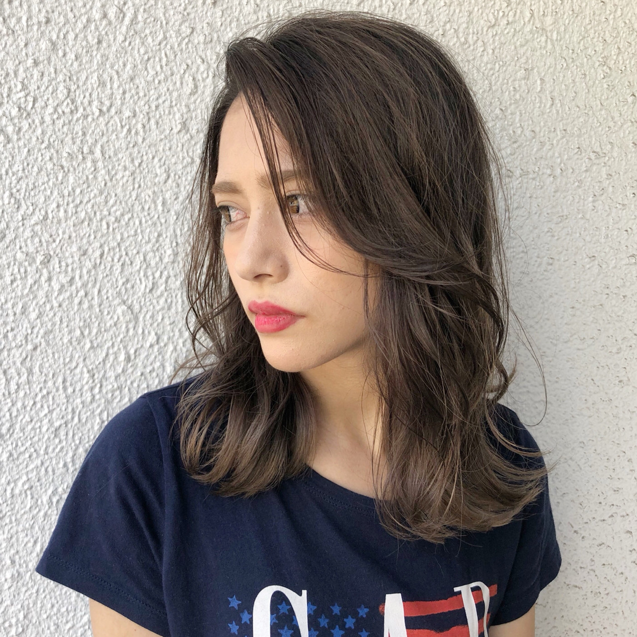 セミロング バレイヤージュ ハイライト 外国人風 ヘアスタイルや髪型の写真・画像