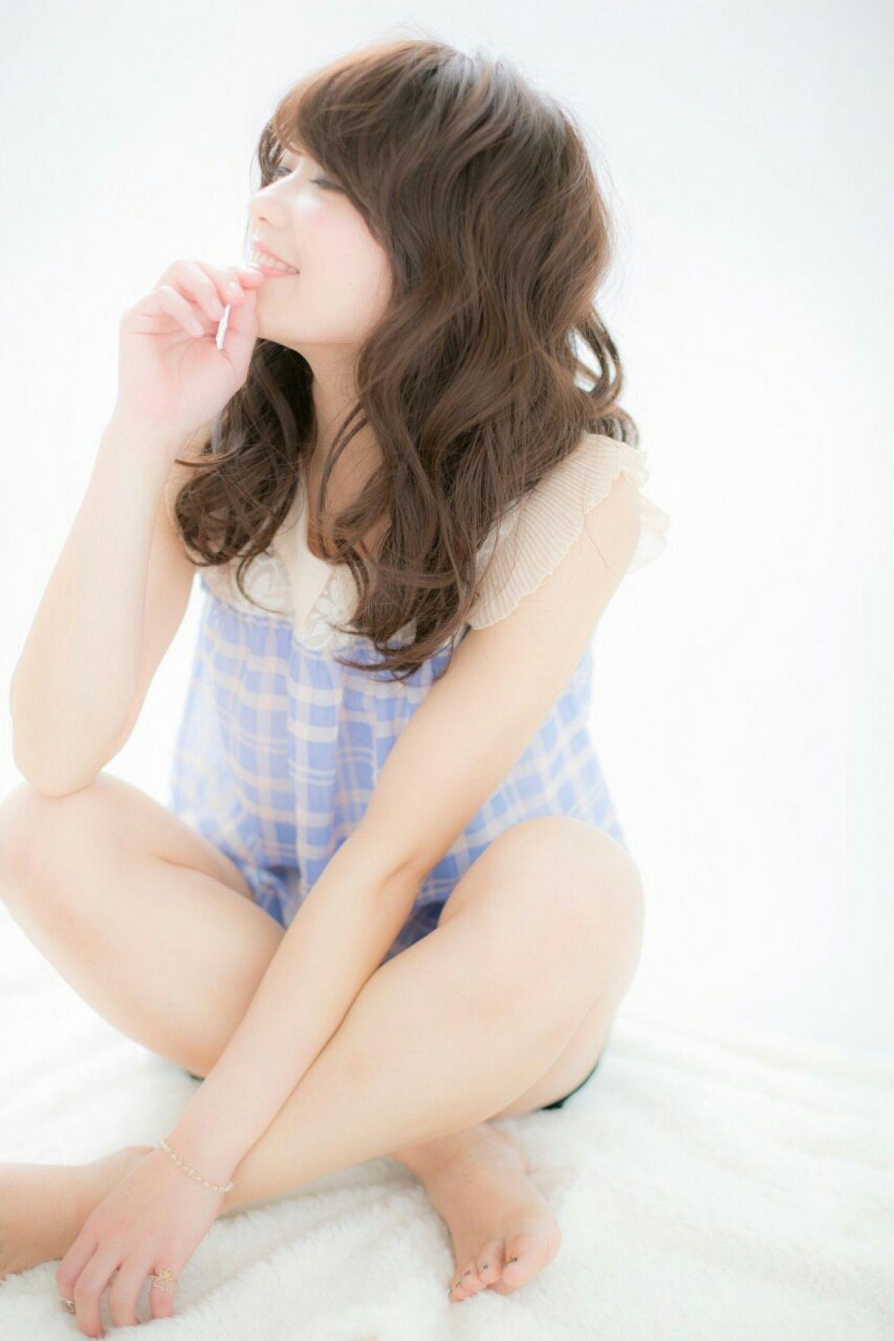 愛され フェミニン セミロング ゆるふわ ヘアスタイルや髪型の写真・画像 | 山田 あきほ /