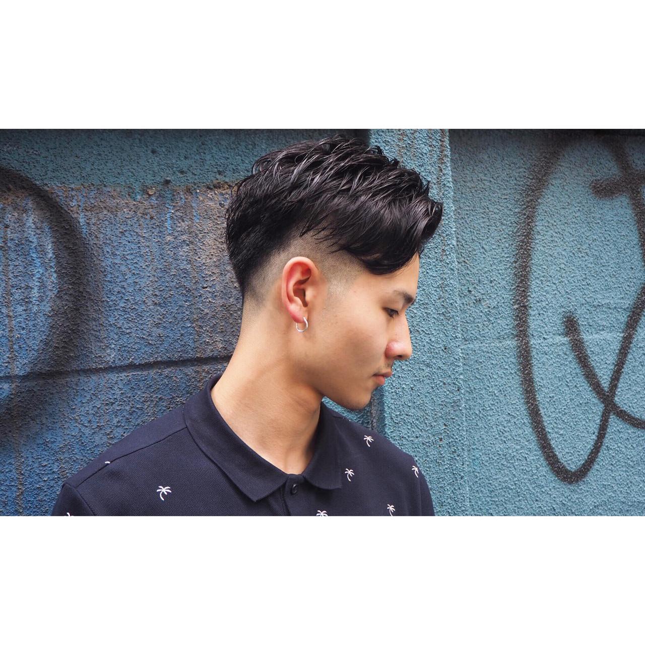 パーマ 刈り上げ ショート 坊主 ヘアスタイルや髪型の写真・画像 | 岡本和典 / REVEL