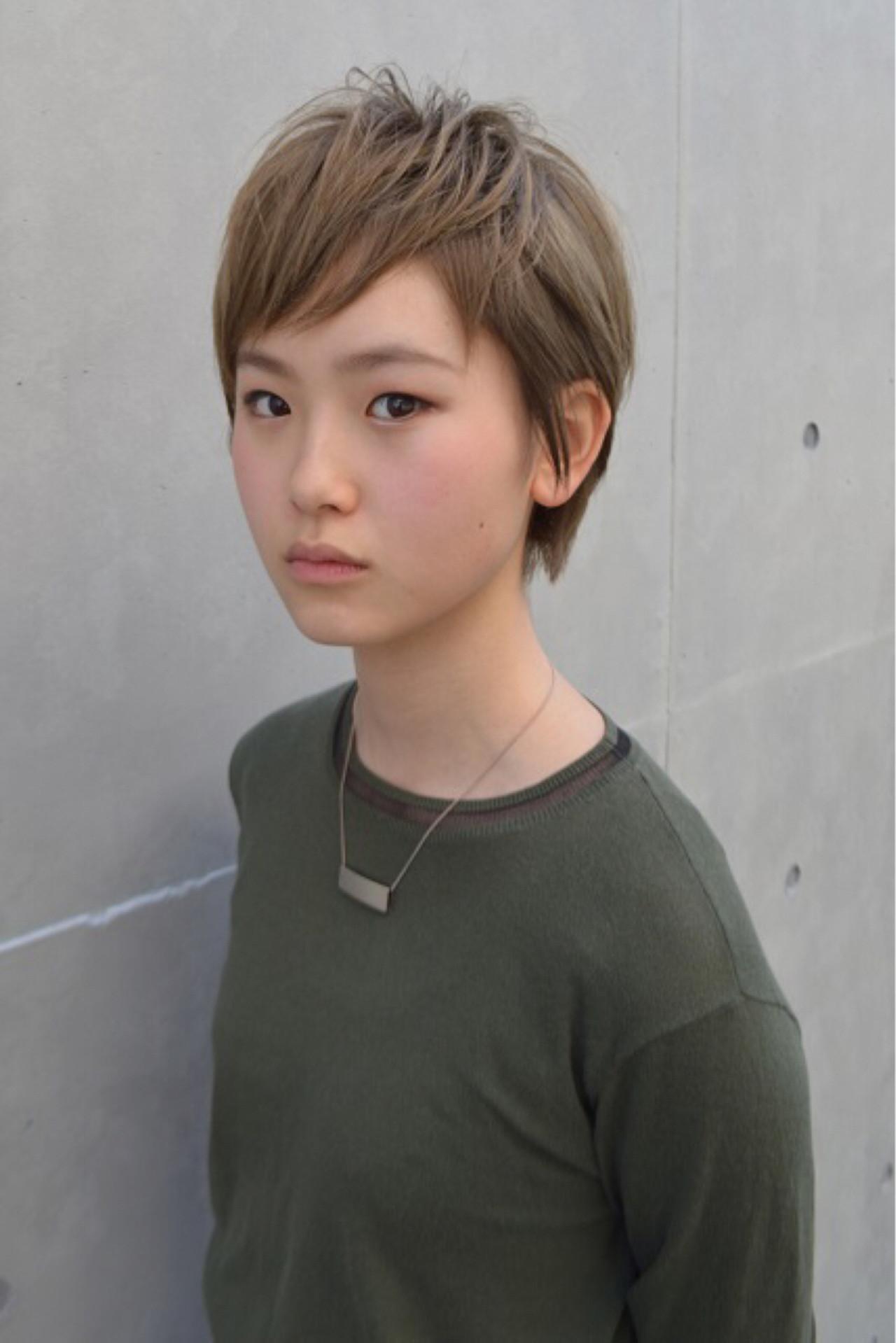 ピュア ショート ブリーチ ワイドバング ヘアスタイルや髪型の写真・画像 | Nao Kokubun blast / blast