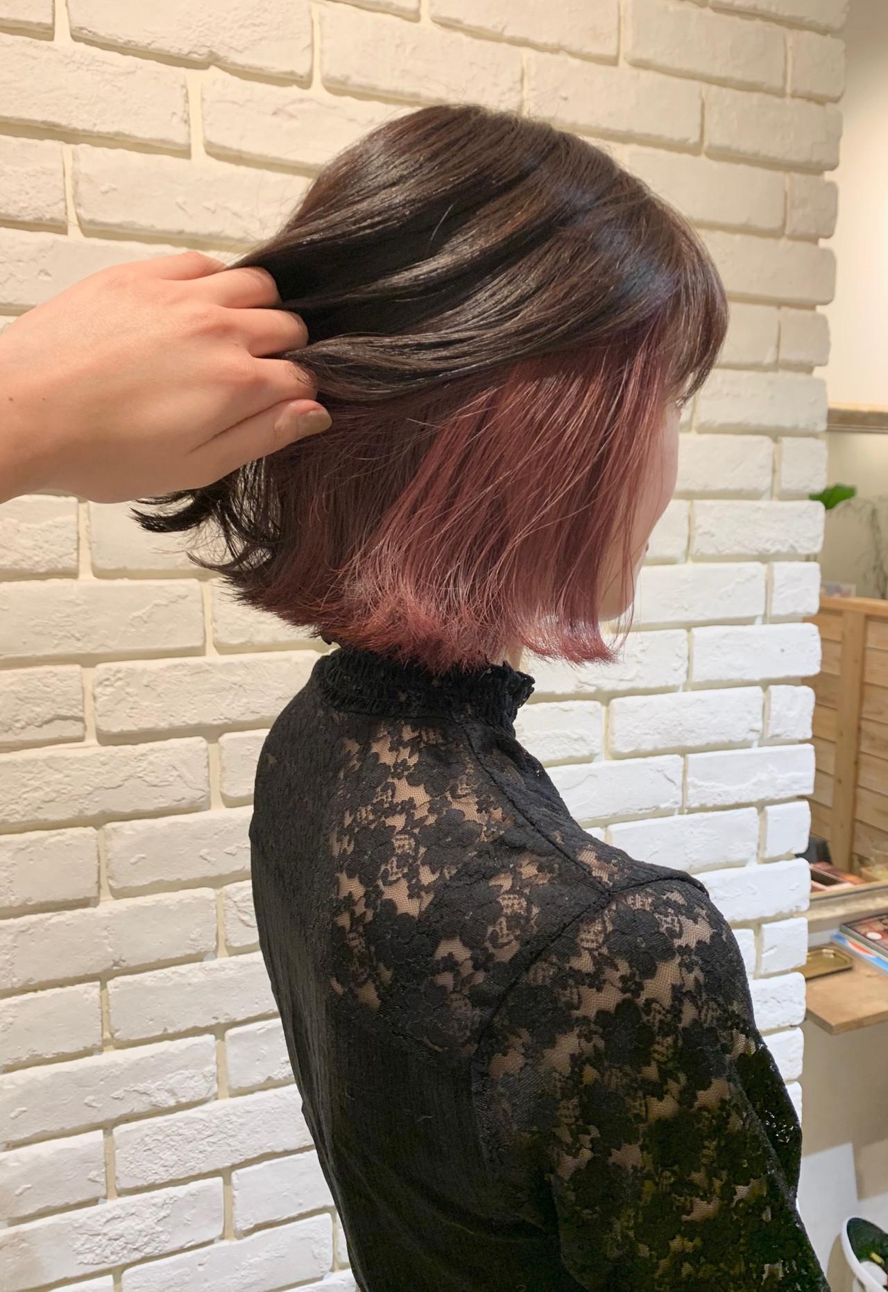 インナーピンク ボブ 切りっぱなしボブ インナーカラー ヘアスタイルや髪型の写真・画像 | 谷川 未来 / Lauburu bat.hair渋谷2号店