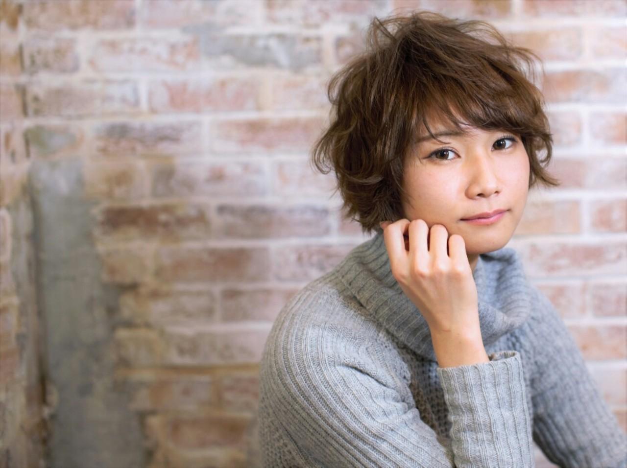 ショート アッシュ 大人かわいい ゆるふわ ヘアスタイルや髪型の写真・画像 | 千葉健太郎 / soenxclover