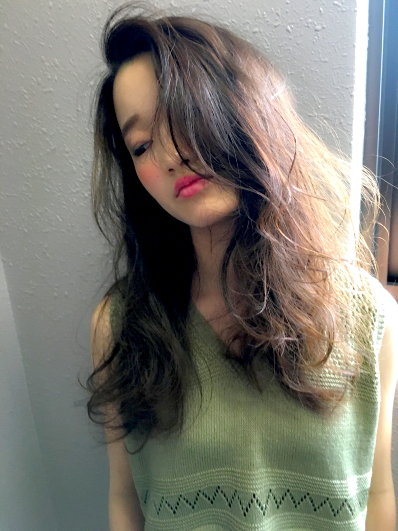 グラデーションカラー アッシュ ブラウン ロング ヘアスタイルや髪型の写真・画像
