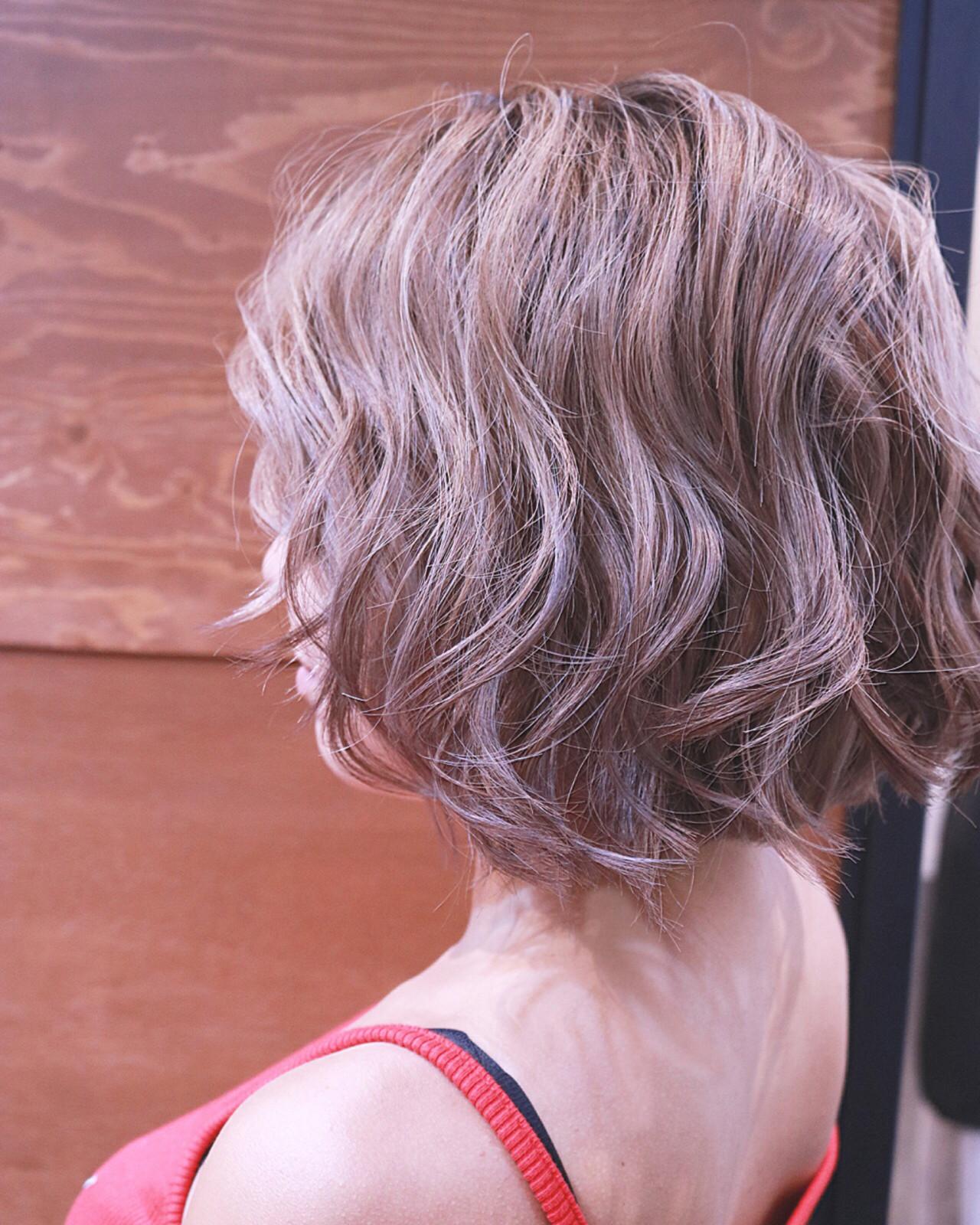 バレイヤージュ ボブ ハイライト 夏 ヘアスタイルや髪型の写真・画像 | RUMINA //高田ゆみこ / Rumina