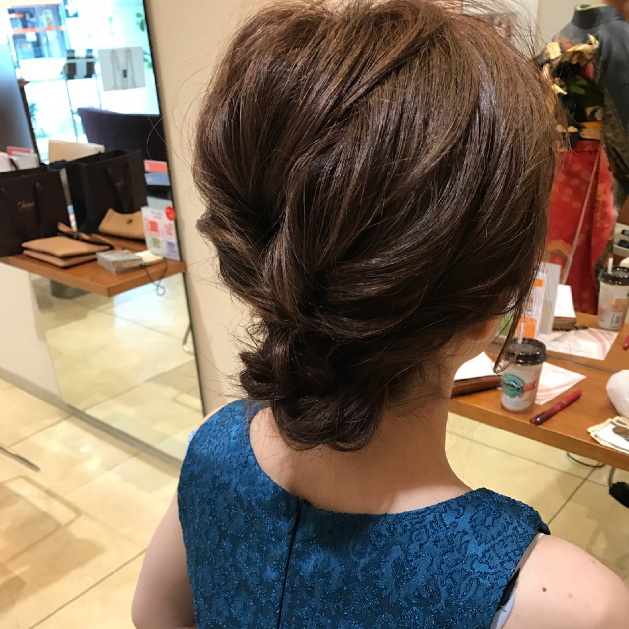 編み込み デート エレガント 上品 ヘアスタイルや髪型の写真・画像